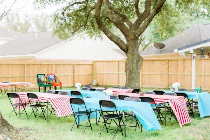 carnival-party-tables