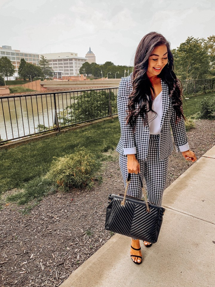 express-work-wear-outfits
