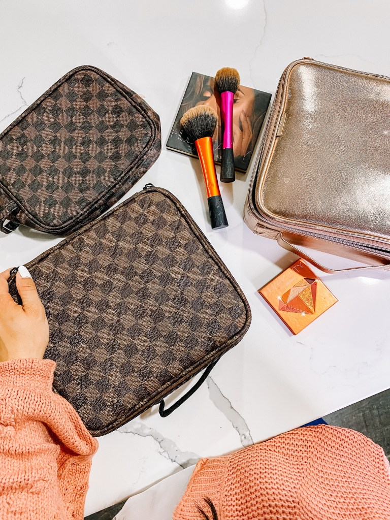 travel-makeup case