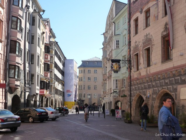 Approaching the Altsadt Square from the river