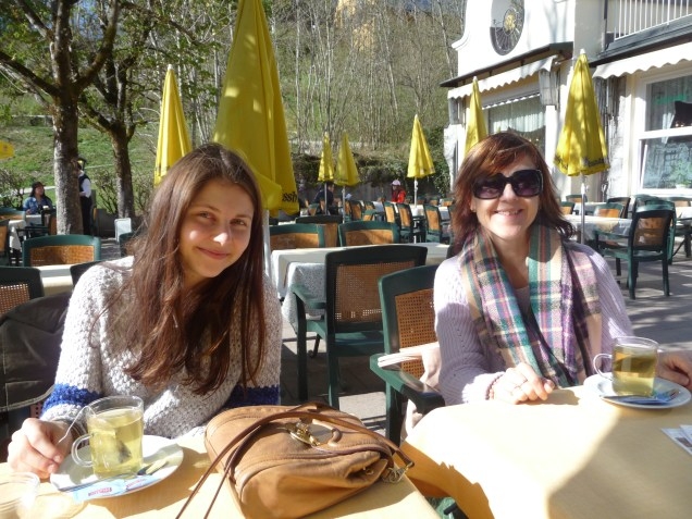 Mlle and Le Chic En Rose - afternoon tea time