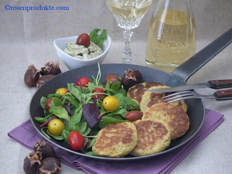Pfanne mit Maronen-Rösti und Salat