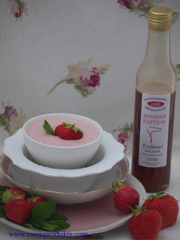 Erdbeer Joghurt mit Erdbeer Balsam Essig