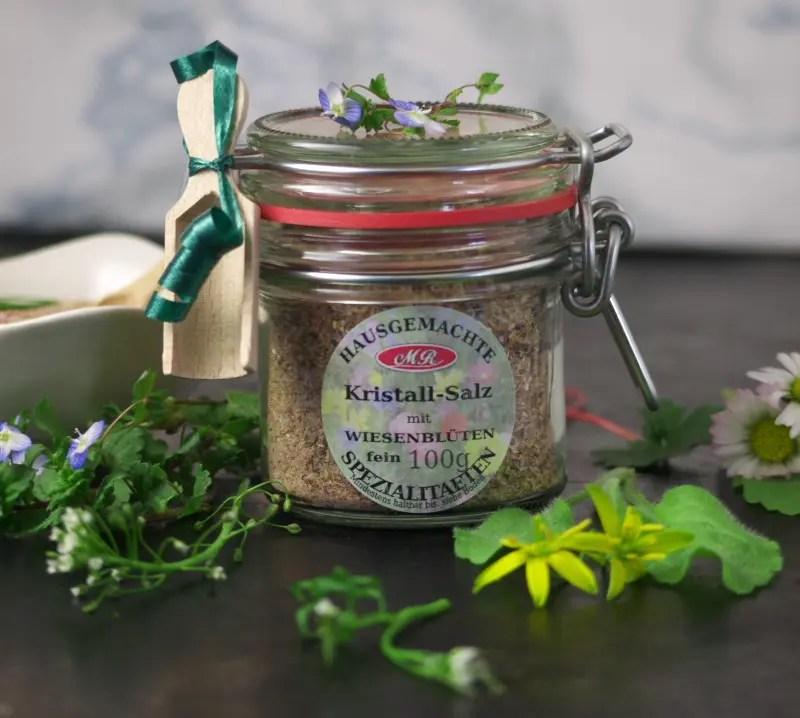 Wiesenblüten-Salz für Bärlauch-Frittata