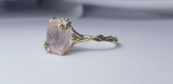 inel aur quart roz diamante