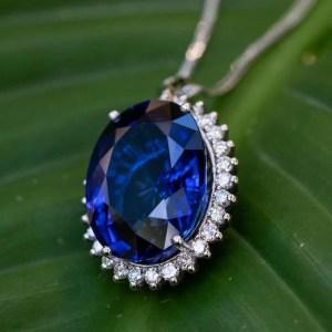 pandant safir diamante