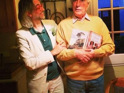 El gran Antoni Pitxot, artista ultralocal, ja té #amorcontraroma i #fesbondat !!