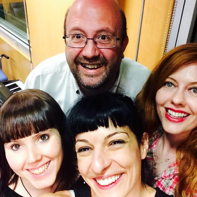roser amills helena angel y venus ohara en catalunya radio