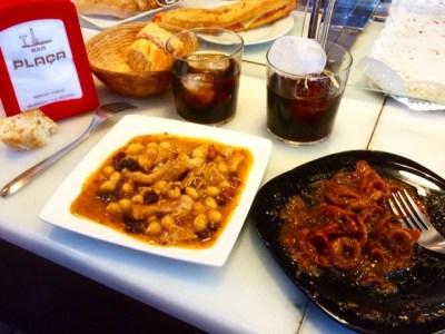 Brutalment bon menjar al Bar la Plaça del Mercat Central de #vilanovailageltrú !!!