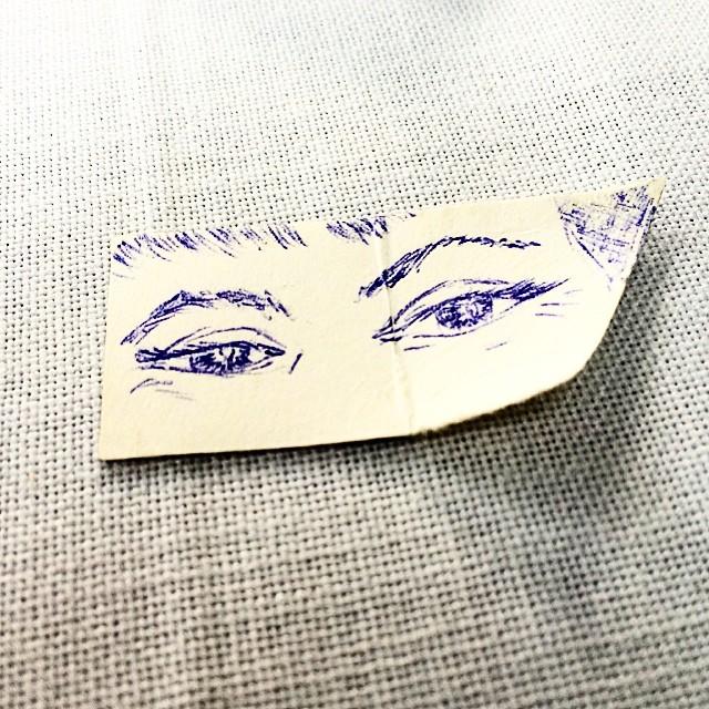 victor amela dibujo de los ojos de roser amills a boligrafo