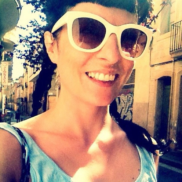 roser amills gafas de sol blancas trenzas
