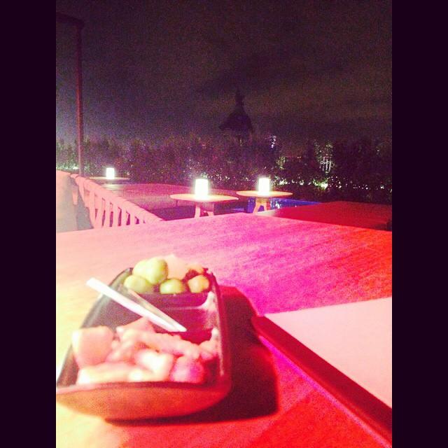 aperitivo terraza hotel mandarin barcelona