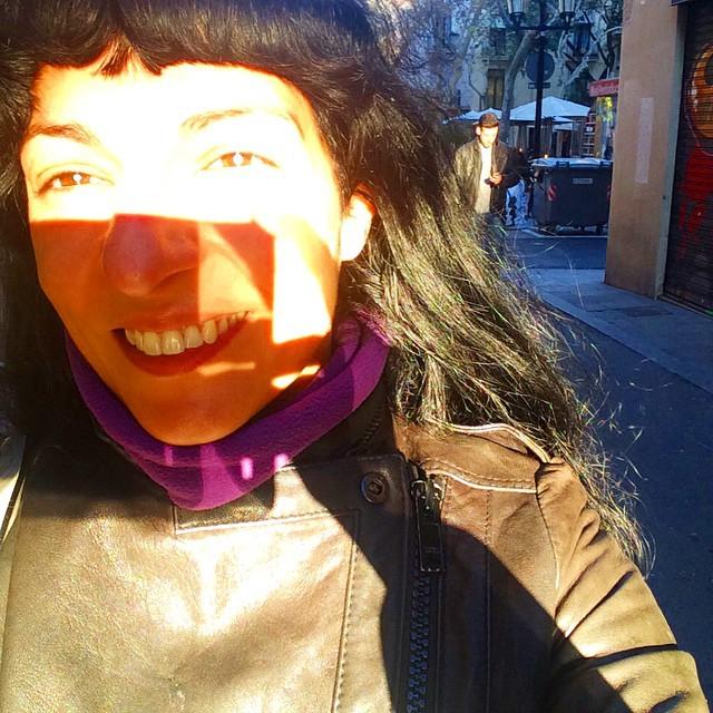 """Alejandro Magno: """"Pídeme cualquier cosa, te lo concederé"""" Diógenes: """"Apártate, que me tapas el sol""""."""