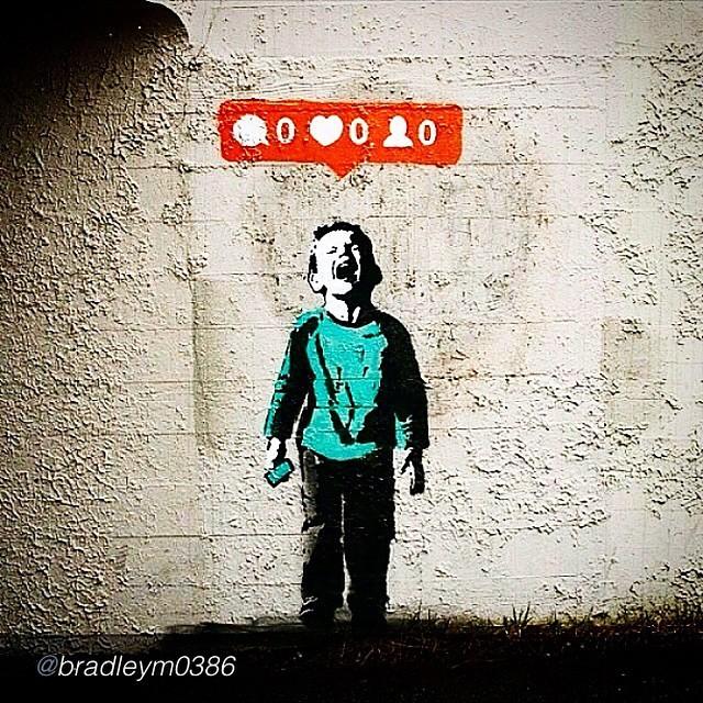 Lúcido #banksy ;)) #art #likes #2015 #star #canada #fame #doitforthefans vía: @bradleym0386