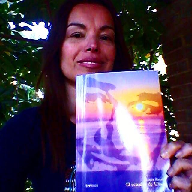 La novela #elecuadordeulises está en buenas manos, gracias Vanessa Martí Simonka!! (Sorpresa el jueves, por cierto)