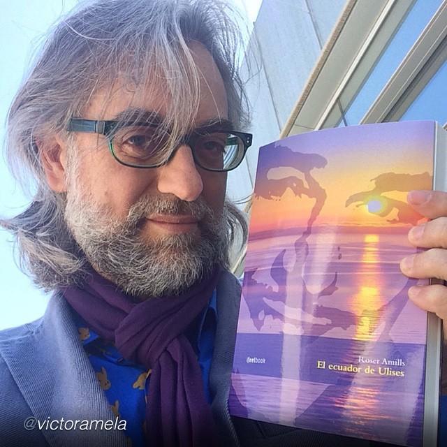 "Dice Víctor Amela: ""Leo ""El ecuador de Ulises"", vibrante novela de Roser Amills sobre Errol Flynn en Mallorca #elecuadordeulises #errolflynn"