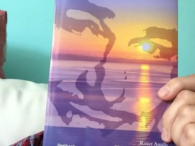 El Sergi Mas també s'ha fet del club de lectors de la novel.la #elecuadordeulises i, com podeu veure, s'assemblen ;))