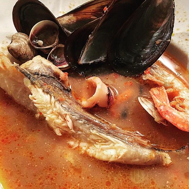 A #biguesiriells es menja MOLT bé!! Gran sopar post presentació de #elecuadordeulises a l'Hotel Molí de la Torre, gràcies!!!