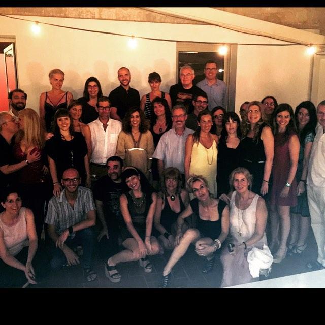 Foto de grup de l'equip de #miliunanits de @catalunyaradio :))
