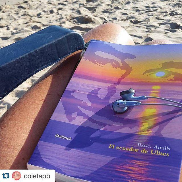 Un bon llibre, bona musica i la remor de la mar... Que mes es pot demanar