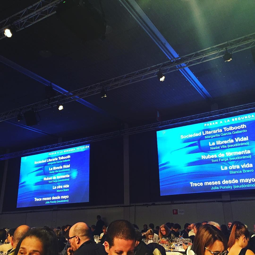 Yo apuesto por Javier Sierra como ganador este año del #premioplaneta2015 Y vosotros???