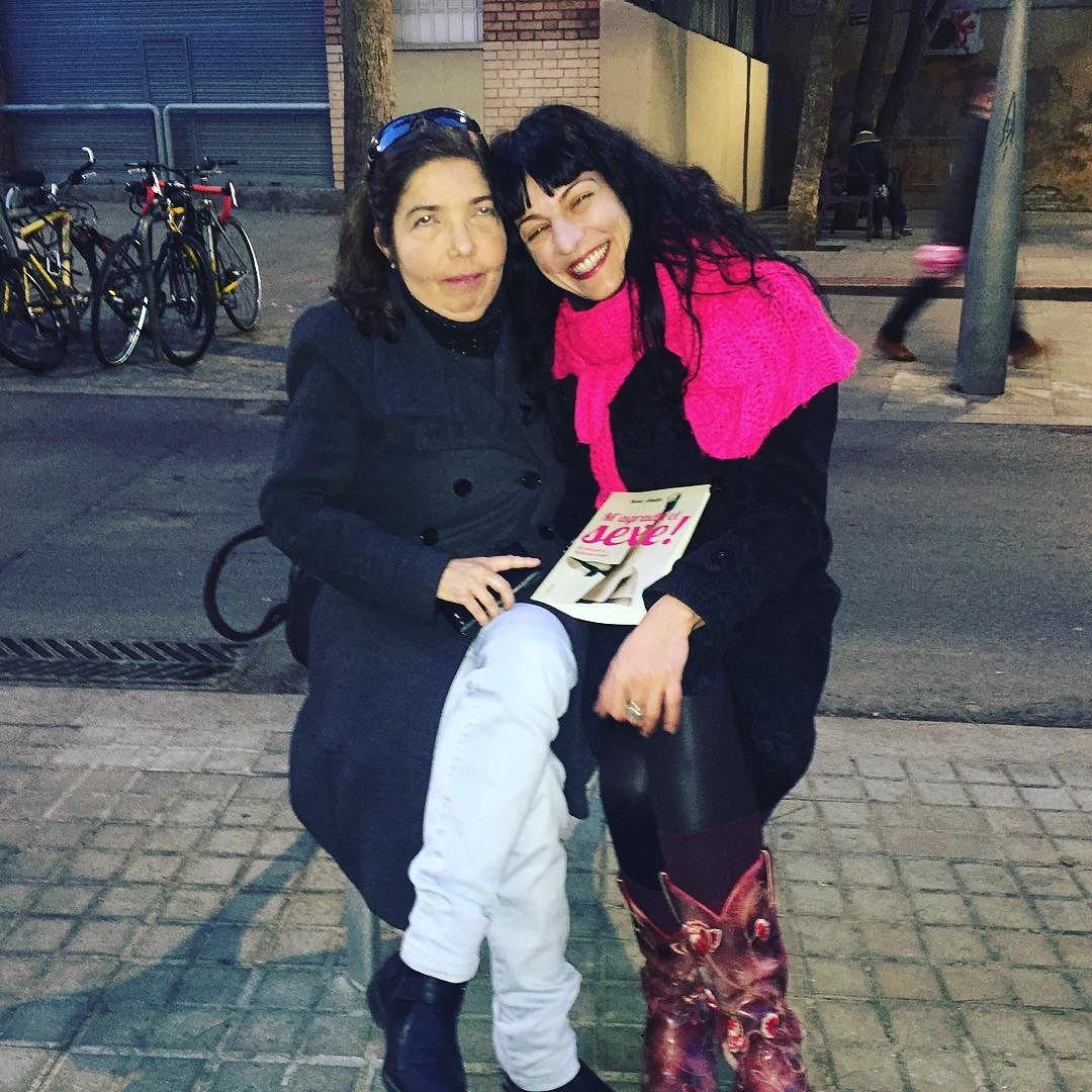 Gracias Mónica por ser tan fiel lectora! #magradaelsexe #lecturanocturna :))