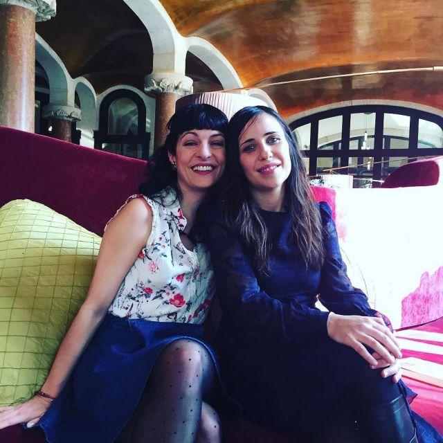 Roser Amills y Laura Conde
