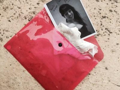Salen de viaje las #braguitas de la portada de #morbo que he vendido en SecretPanties.com: pieza única :))