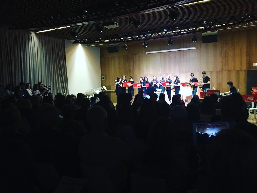 Meravellós concert d'intercanvi: algaidins a Gràcia Quina il.lusi ajuntament d'Algaida!