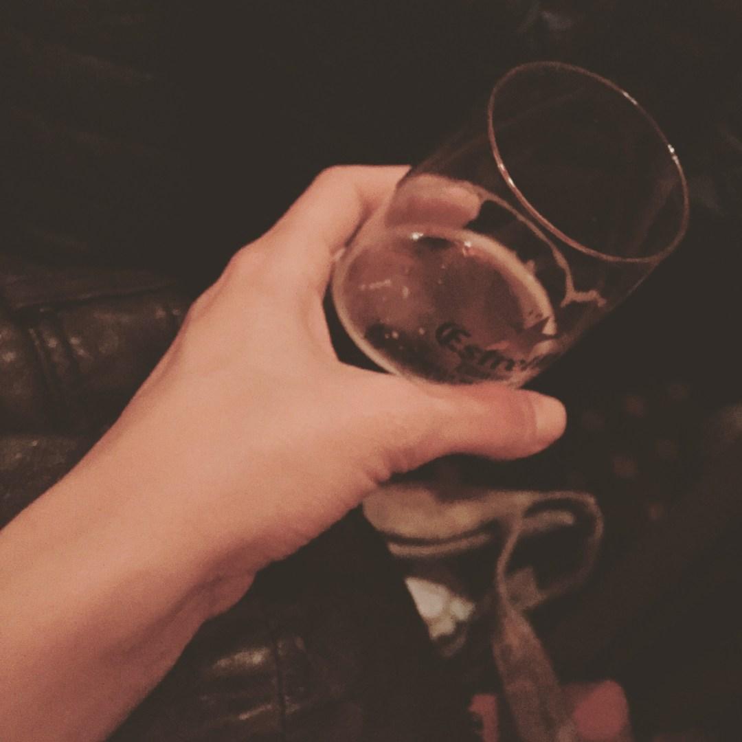 Ahora cervezas y libros @EstrellaDammCat @UndeJB @bocinet @jcaseras @victoramela @emparmoliner @mariusserra ... Cultura libros y tapaa ... #SantJordi2016