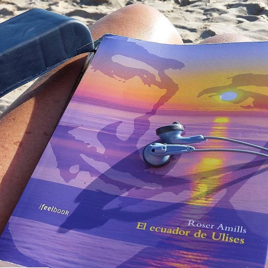 #Repost @coietapb・・・Un bon llibre, bona musica i la remor de la mar... Què més es pot demanar!!!!! #elecuadordeulises