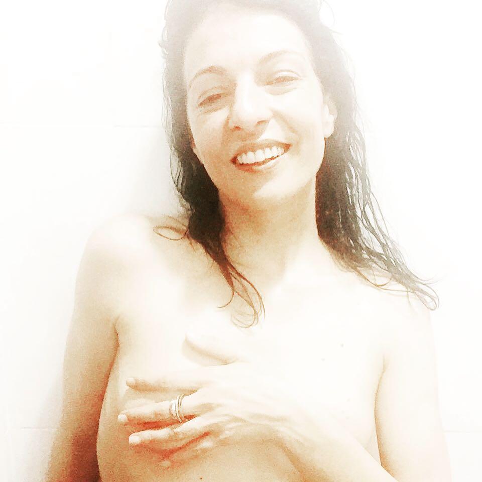 Además de petardos y hogueras... Te has acordado del ritual del agua de #sanjuan? Yo sí! :))