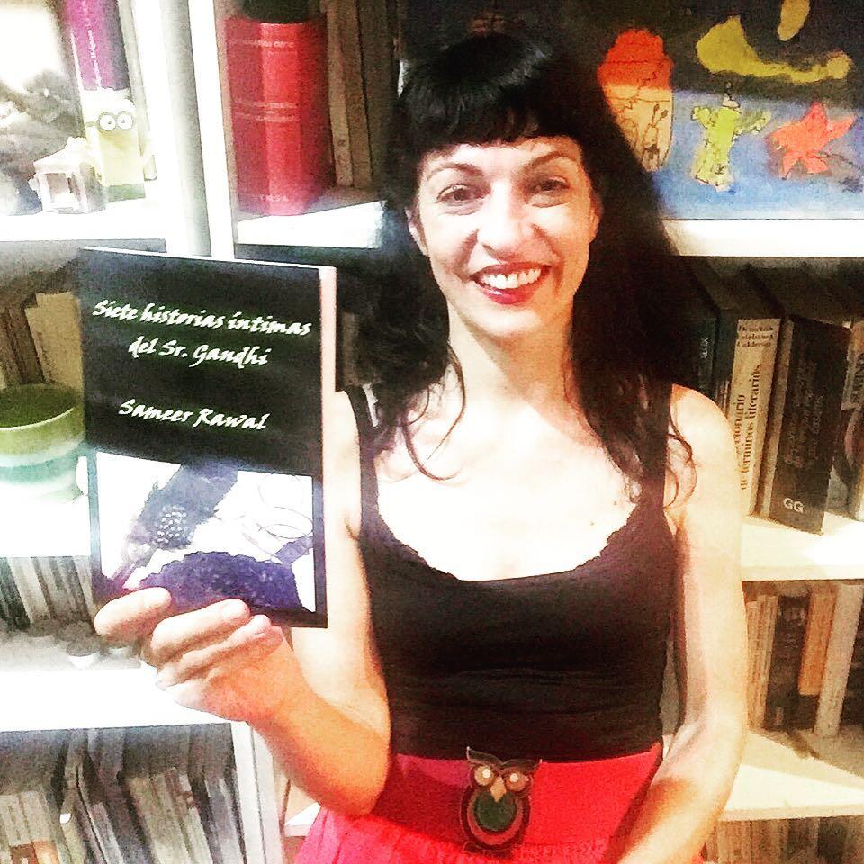Atenea me prestó su búho y le gusta que escriba: esta primavera he prologado #7historiasintimas de #SameerRawal ;))