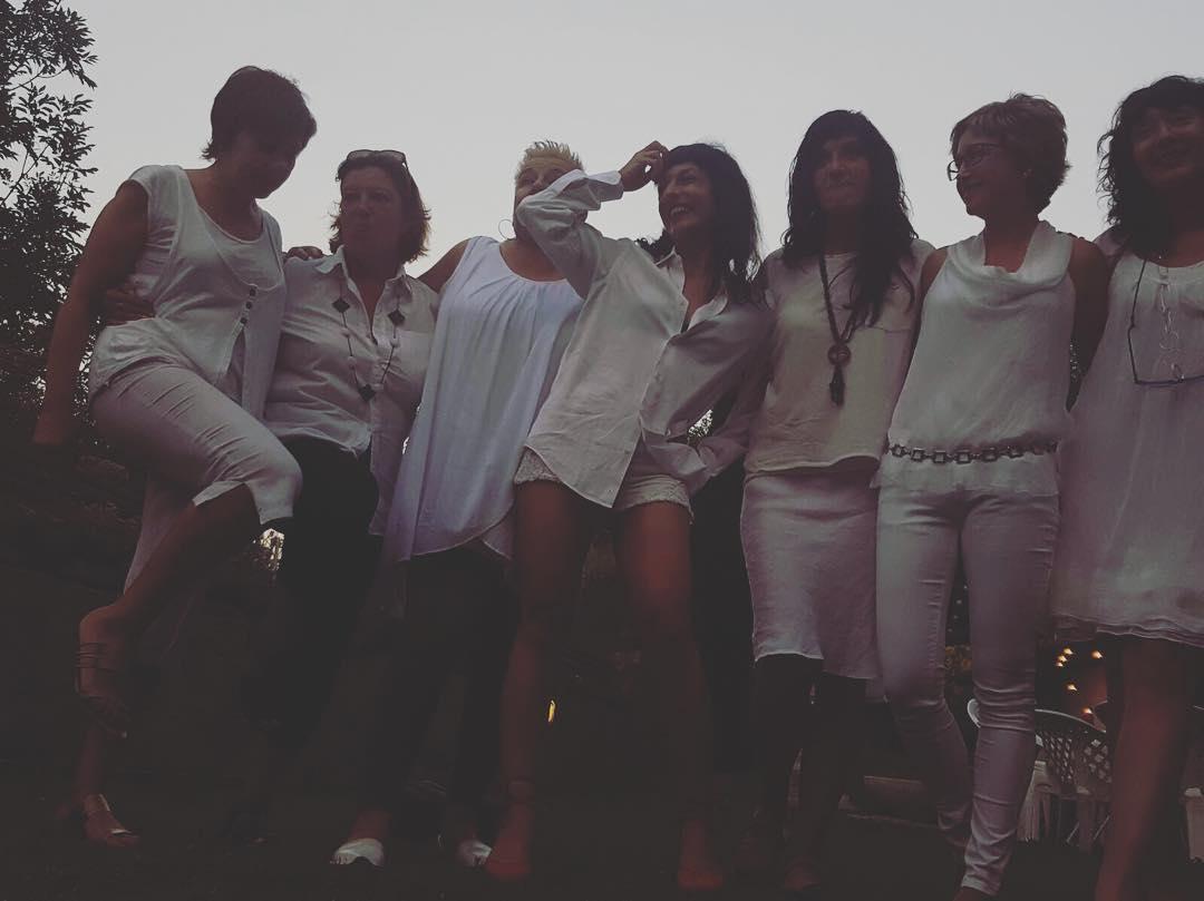 Las chicas de la fiesta. Luego conoceréis a los chicos ;))