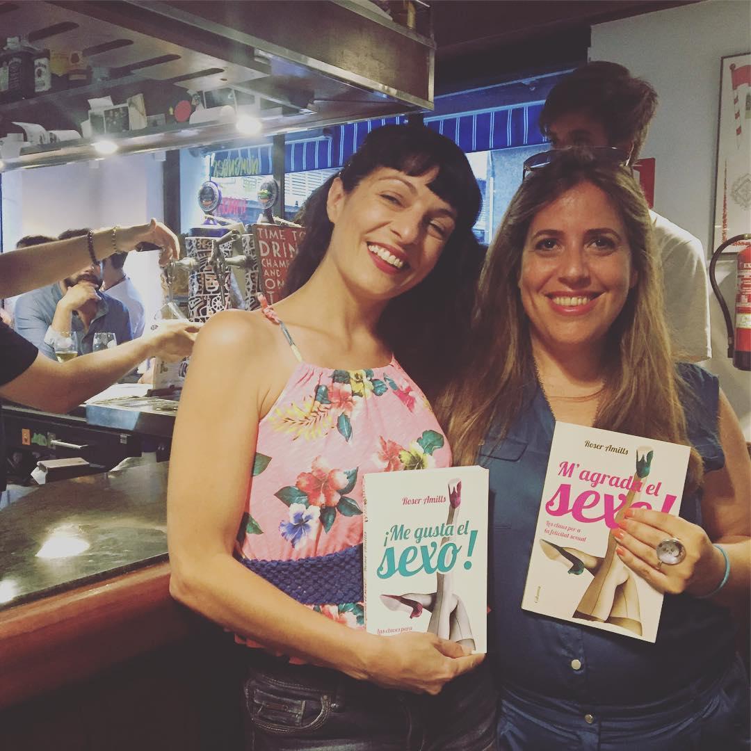 Roser Amills con Alejandra Navarro Ribas