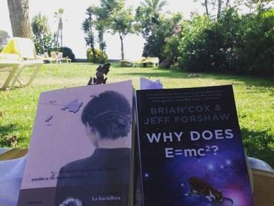 Diu @alexbueno74 Aquest estiu ja hem començat noves històries #labachillera #whydoesE=mc2? #bookstagram #cadalococonsutema ;))