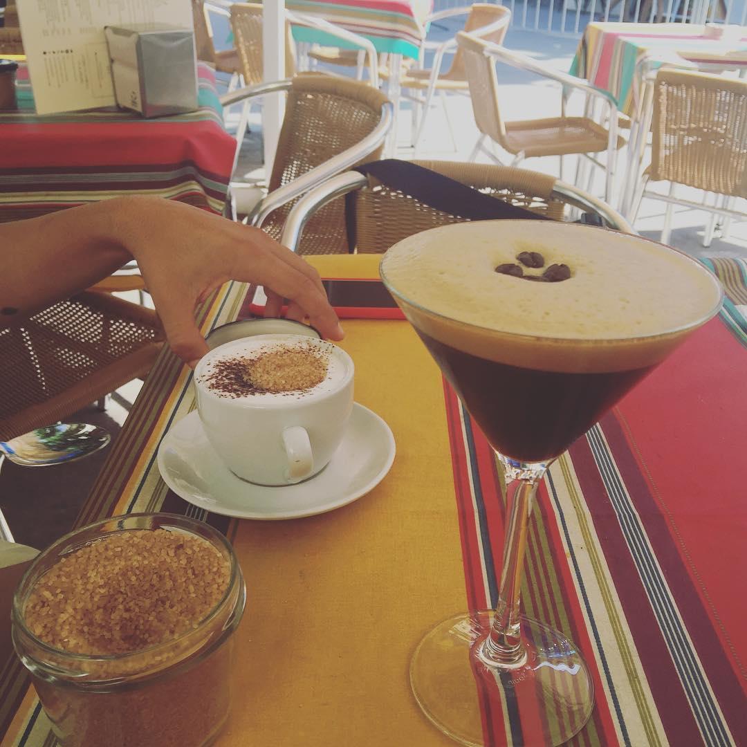Hoy he descubierto el #cofeeshakerato del Tiramisú. Qué bonita copa, verdad?