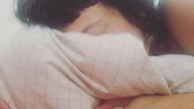Siesta: de pequeña me obligaban a dormirla. Ahora tienen que obligarme a levantarme :))