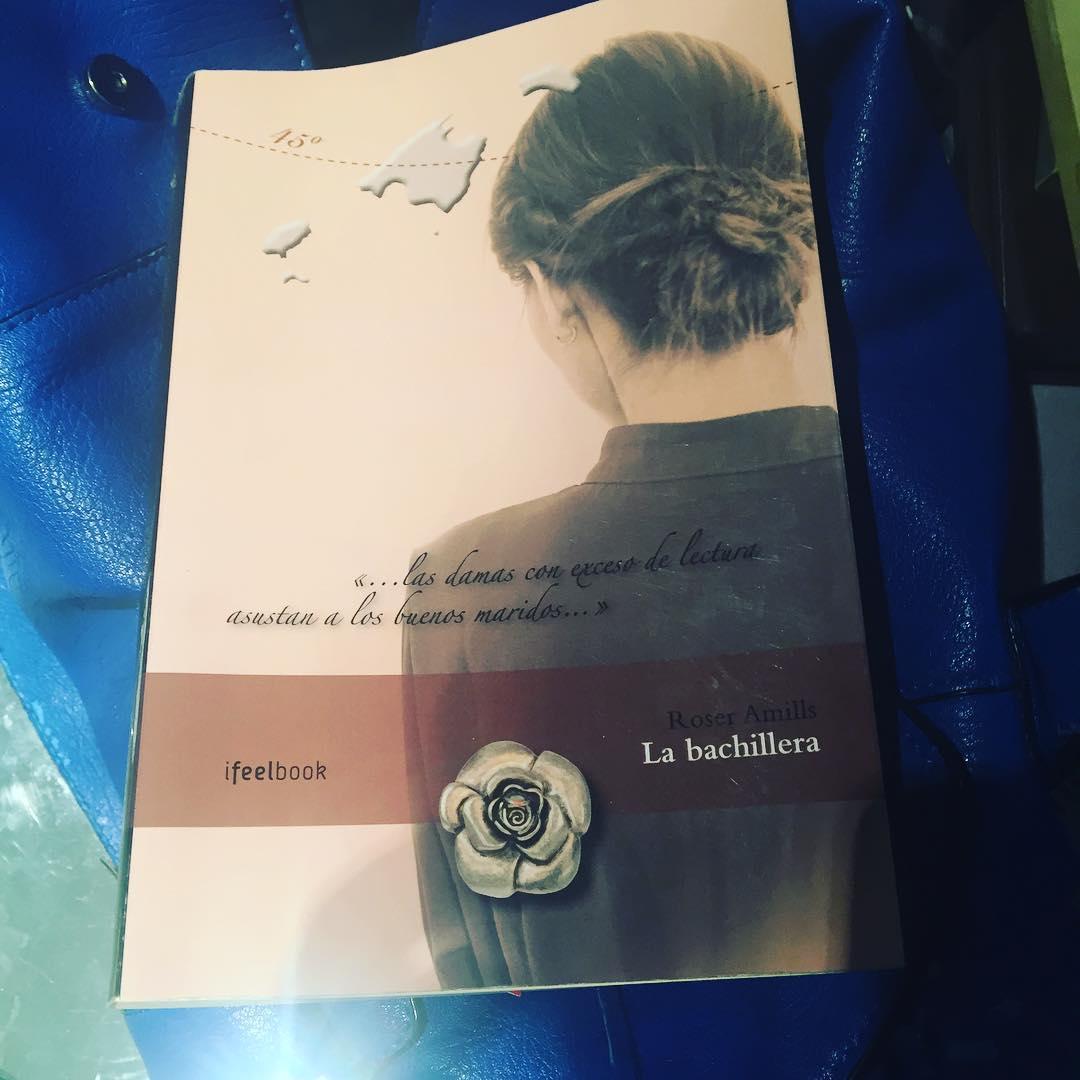 #labachillera es el libro recomendado para @rachelchbcn ;)) #escritora #mallorquina #algaida #clubdelectura #llibres #libro #books #bookshop #libreria #llibreria #bestseller #leermola #leeressexy #lecturas #booklover #bookstagram #cultura #regalalibros #regalallibres #mallorcainspira
