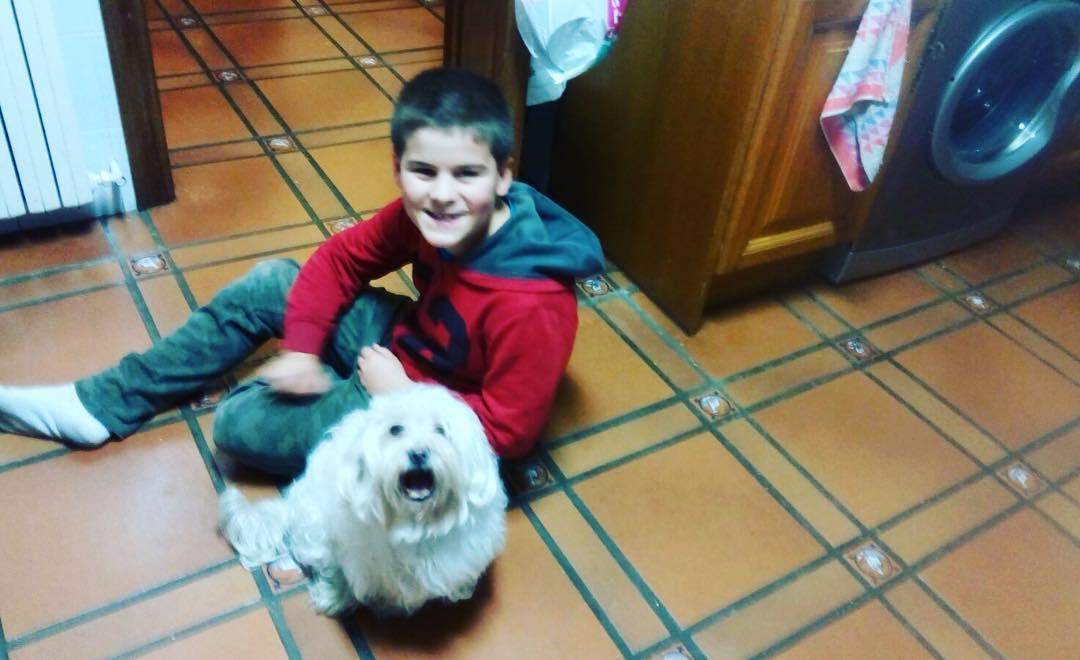 Mi hijo Juan hace amigos en todas partes ;))
