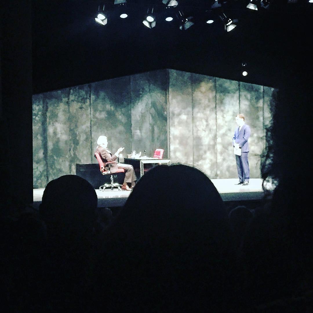 Os recomiendo MUCHO a #JoséSacristán y @javiergodino en #muñecadeporcelana #teatro #DavidMamet #FarándulaDeLaBuena #Poliorama