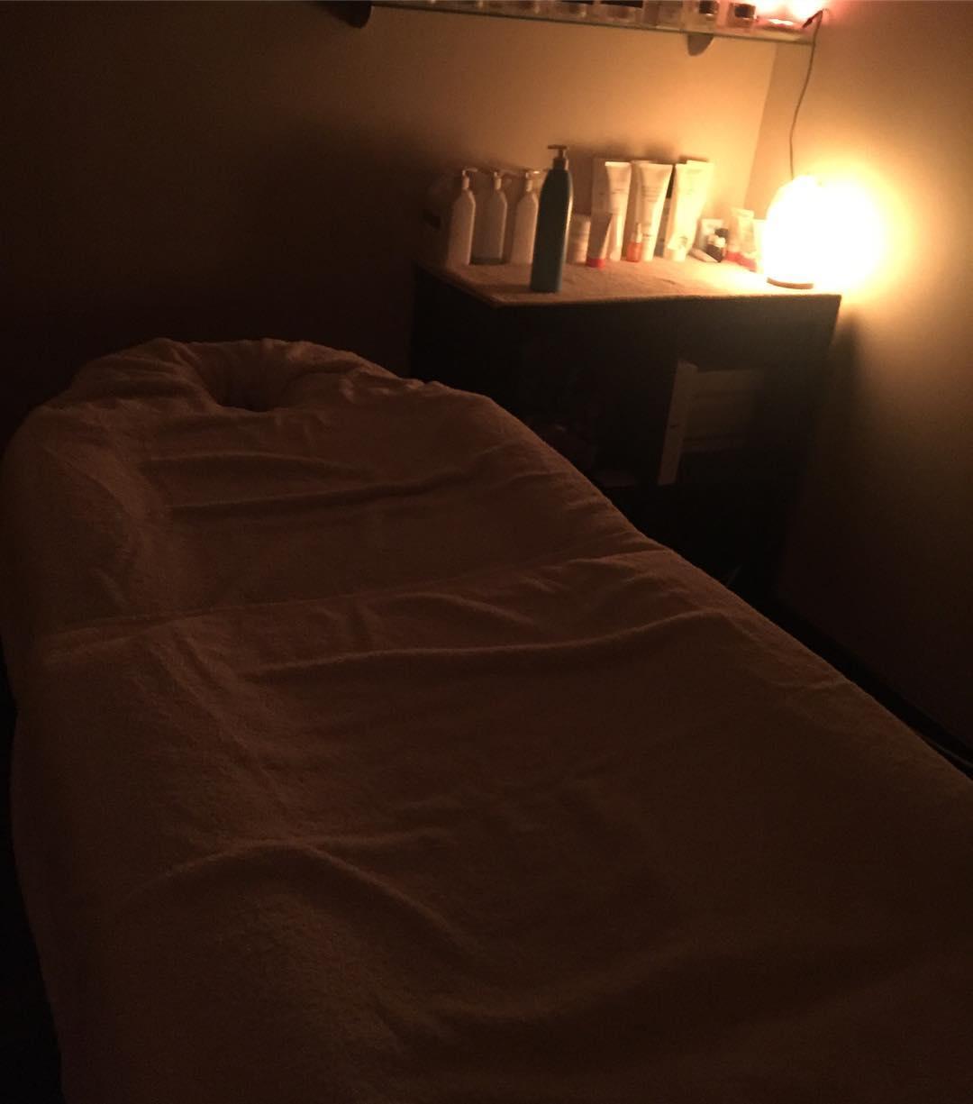 Mi viernes ha incluido un masaje por todo el cuerpo con aceites sagrados ;)) Gracias @stylbeautybcn !!
