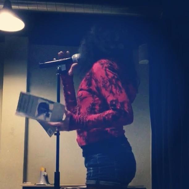 Poema de #laisperamantsdistingits ahir amb la @mantoniamassanet a @LaPoeteca @la_createca [vídeo d' @afromarc86]