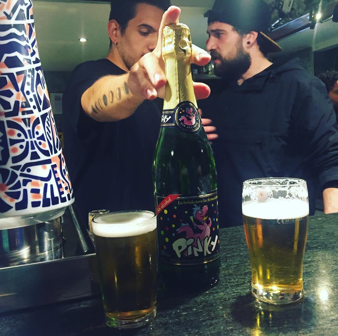 Se nos va @yuelas del @bar_pietro y lo celebramos con #pinky ;))