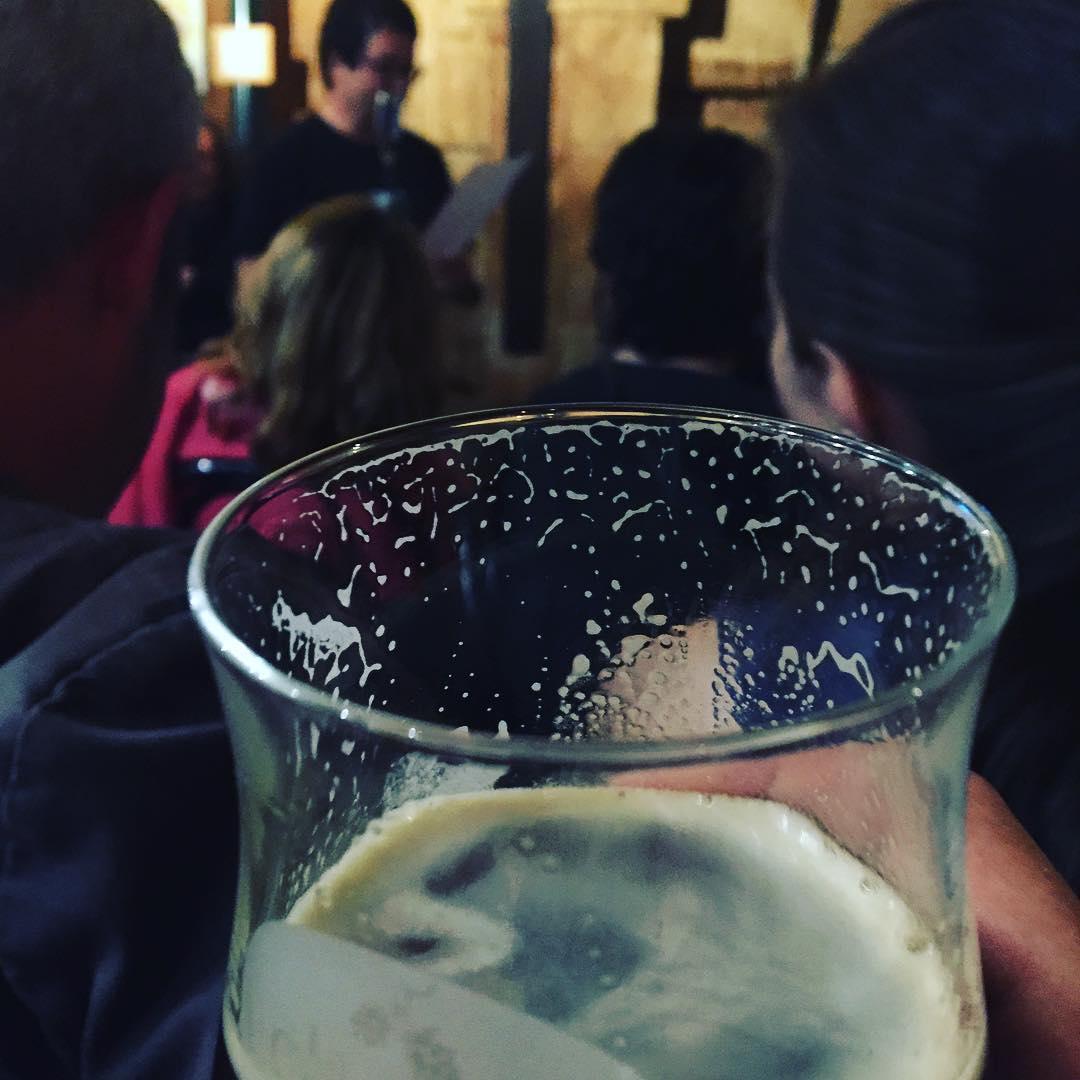 Recital i bona cervesa artesana. Llegeixen #ToniGol i #davidcastillo