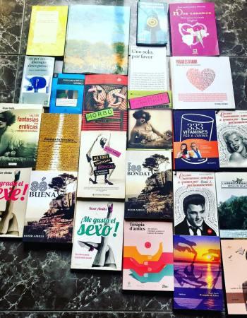 ¿Cuántos libros ha publicado Roser Amills?