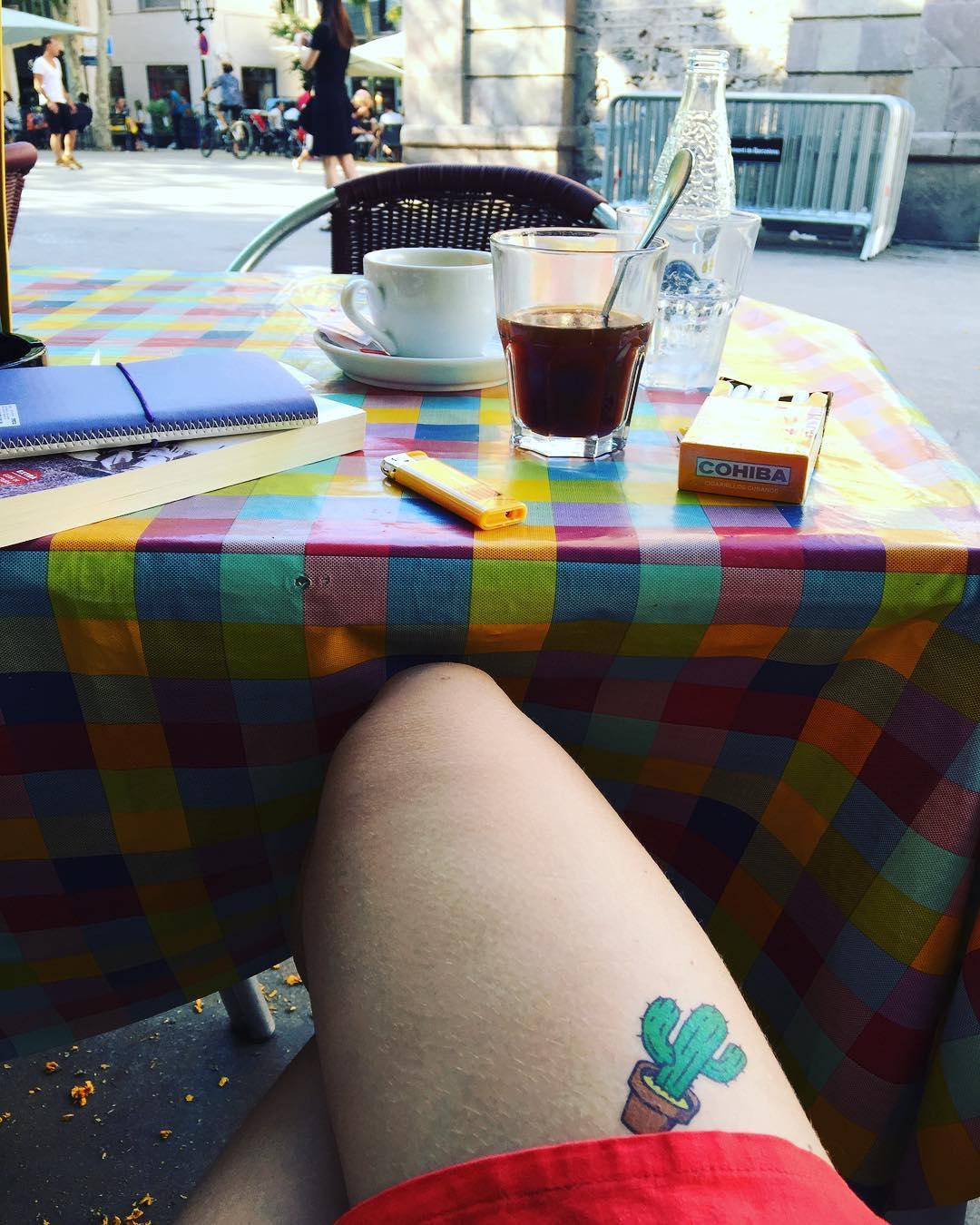 Escritores de plaza versus escritores de mesa... Qué prefieres?