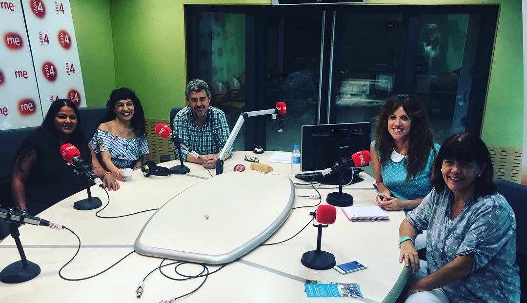 Ja hi som!!! ▶️En DIRECTE a la TERTÚLIA: @BarcelonaWink, @Iberia... amb @VHogarth, @miroasha i Sylvie Estrada.