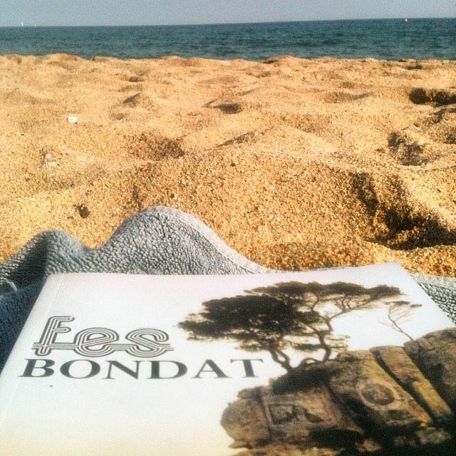 Aquest mes pots llegir #fesbondat (el trobaràs a Amazon per 3€) i transportar-te a Mallorca ;))