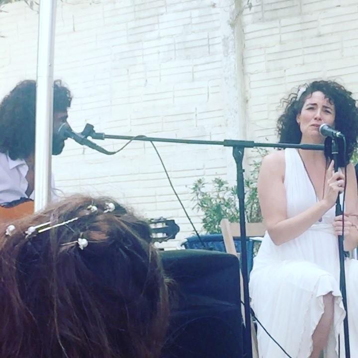 Y, de pronto, la novia se pone a cantar #vivalanovia #boda #amor
